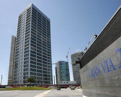 expertos-inmobiliarios-alquiler-venta-oficinas-barcelona-naves-industriales-alquiler-edificios-10