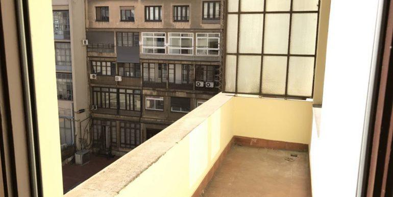 expertos-inmobiliarios-alquiler-venta-oficinas-barcelona-naves-industriales-alquiler-edificios-12