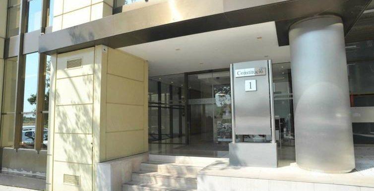 expertos-inmobiliarios-alquiler-venta-oficinas-barcelona-naves-industriales-alquiler-edificios-22