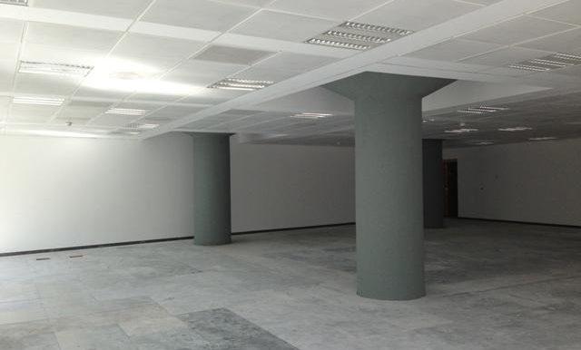 expertos-inmobiliarios-alquiler-venta-oficinas-barcelona-naves-industriales-alquiler-edificios-8