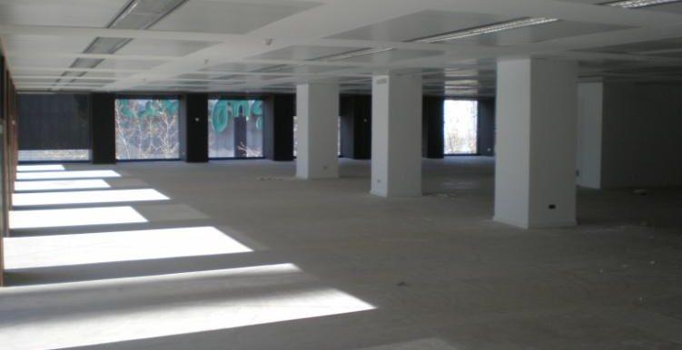 expertos-inmobiliarios-alquiler-venta-oficinas-barcelona-naves-industriales-alquiler-edificios-9