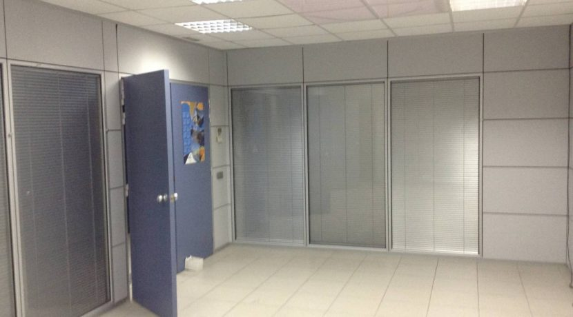 Alquiler Nave Industrial Badalona. Barcelona - Vallès Occidental, Zona industrial Granland inmobiliaria oficinas (20)