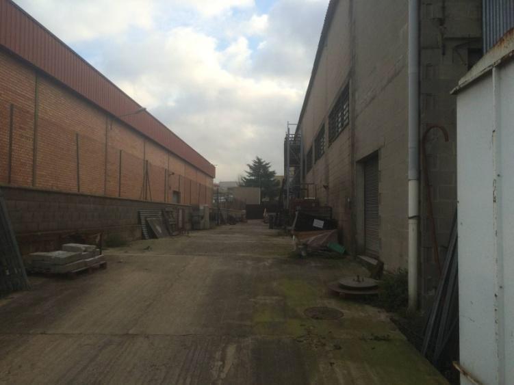 Nave industrial en alquiler en barber del vall s zona - Alquiler furgonetas barbera del valles ...