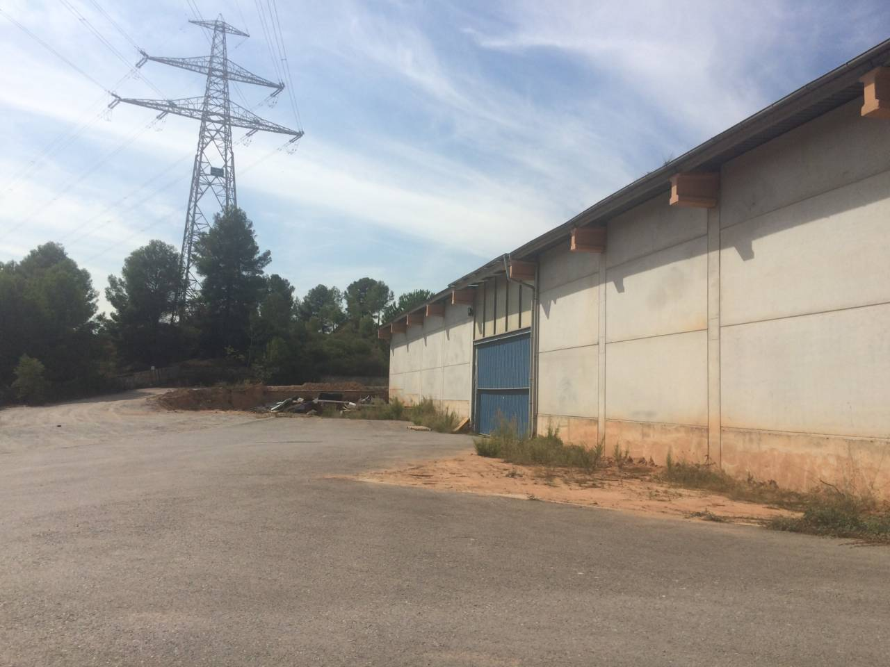 Venta nave industrial castellbisbal barcelona vall s - Naves industriales barcelona ...
